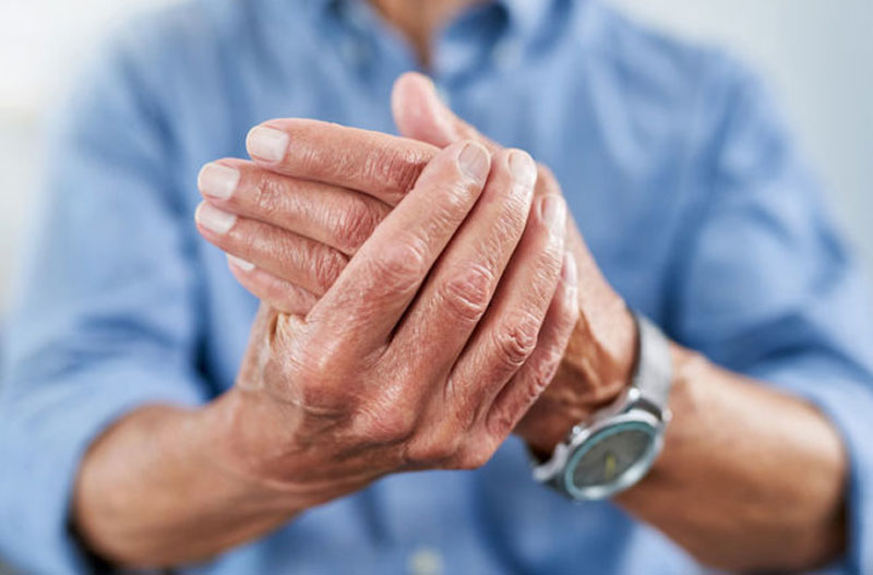 Rheumatoid Arthritis vs Osteoarthritis: What's the Difference?